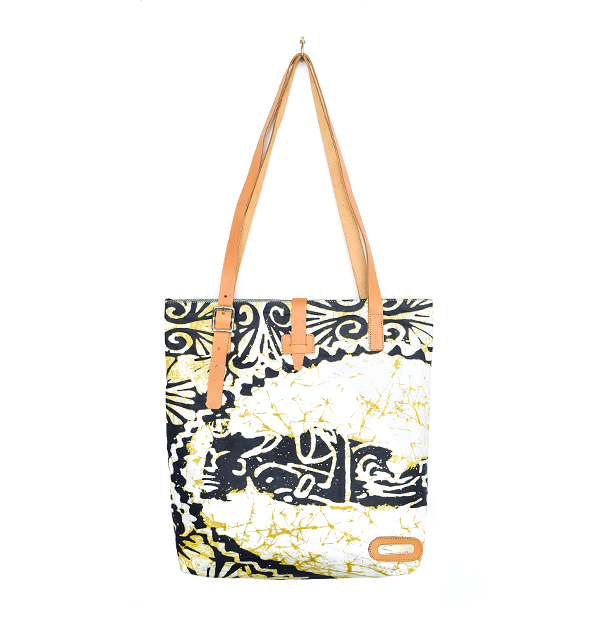 CITY TOTE. PRINT. WHITE & BLACK